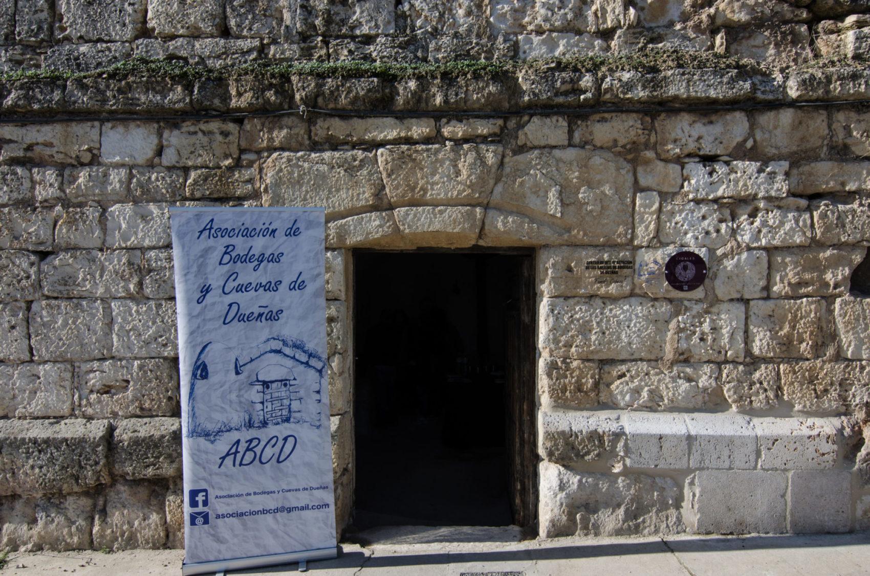"""Centro de Interpretación de los Barrios de Bodegas de Dueñas """"Familia Cabeza"""""""